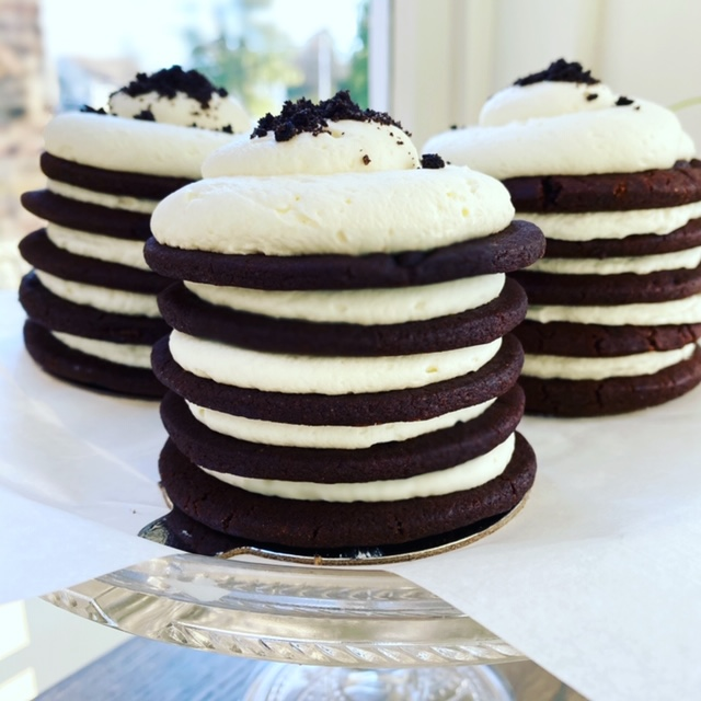 Mini Oreo Ice Box Cakes- 3 mini 5 layer icebox cakes
