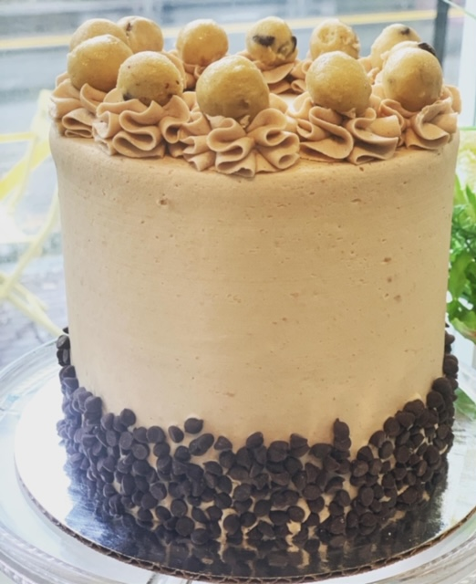 Snackery Signature Cake- Chocolate Chip Cookie Dough