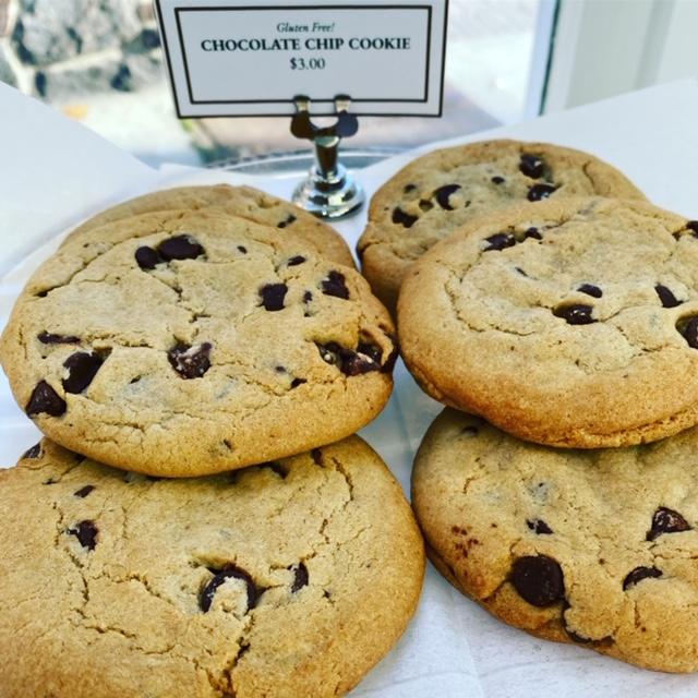 Gluten Free Jumbo Chocolate Chip Cookies-6