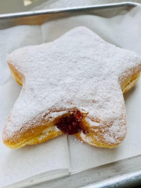 Twinkie Twinkie Little Donut- 4 star shaped raspberry jelly stuffed donuts